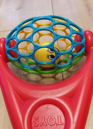 Игрушка-каталка для малышей