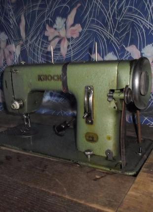 Швейная машина KNOCH