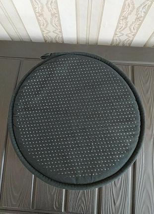 Подушечки на табурет стулья