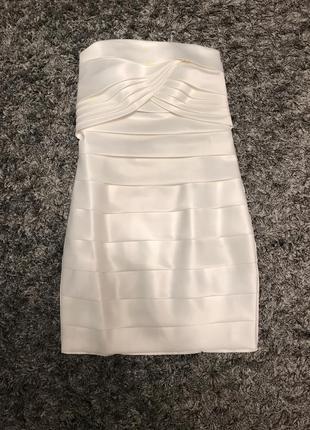 Дизайнерское платье атласное свадебное