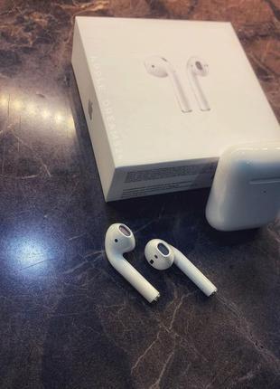 Apple Air Pods 2 с беспроводной зарядкой + подарок