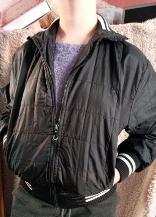 Куртка . Бомбер
