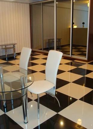 Аренда  1 комнатная квартира-студия, метро Осокорки.
