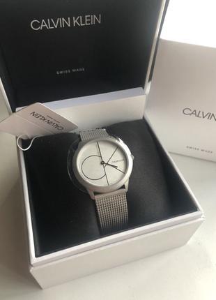 Новые женские часы Calvin Klein K3M5215X