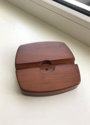 Деревянная подставка под мобильный телефон/планшет