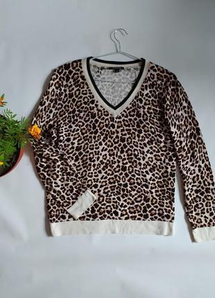 Лёгкий джемпер свитер
