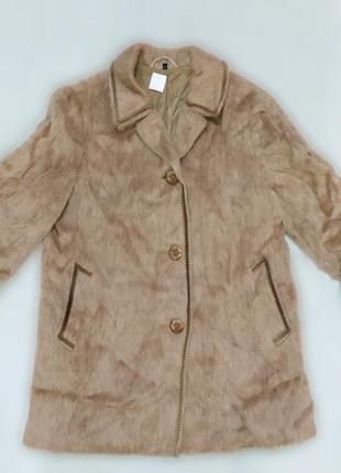 Винтажное пальто из  шерсти ламы