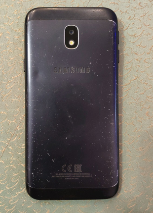 Б/у Samsung j330 + подарок