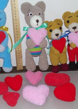 Вязаные игрушки ко Дню Святого Валентина