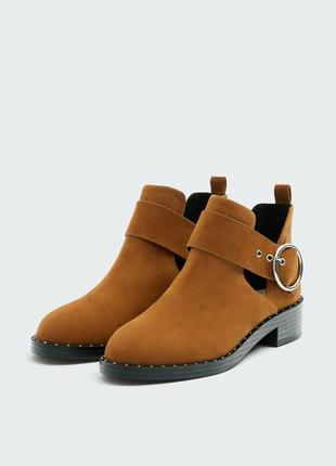 Коричневые ботильони ботинки челси с пряжкой и разрезами pull&bea