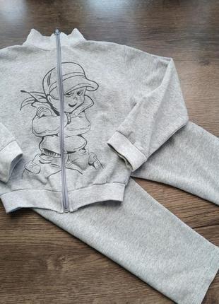 Спортивный костюм для мальчика 3-4 года на микрофлисе