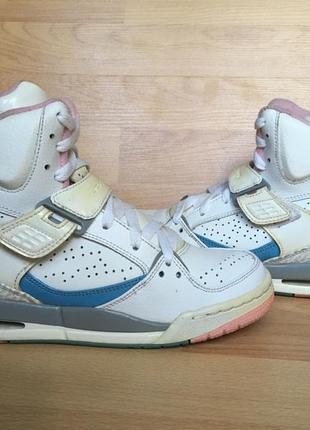 Жіночі кроссівки nike air jordan женские кроссовки