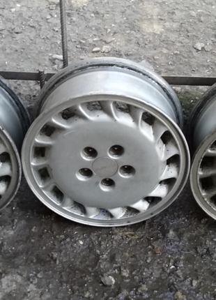 Легкосплавные диски от Субару Легаси 5 1/2 - JJx14R 5х100 3 штуки