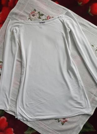 Блузка ковточка спущение плечи белая вискоза с високими разрезами