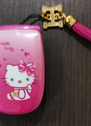 Мобильный телефон hello Kitty w88