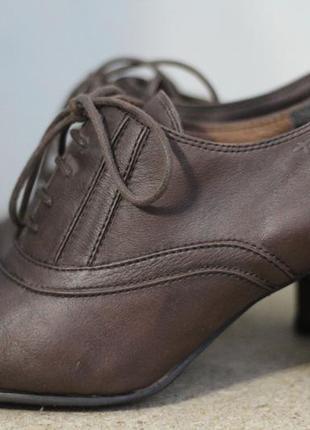 Стильные ботинки, ботильоны tamaris 39-40. кожа