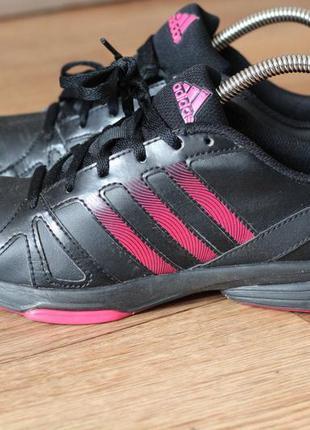 Кроссовки adidas натуральная 37-38