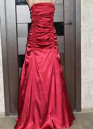Роскошное платье lissa париж на корсете 42-46