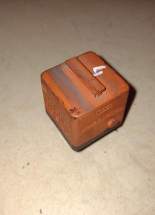 Реле бензонасоса BMW 3 E30 оранжевое 0332014456 БМВ е30 насоса