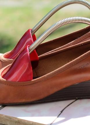 Кожаные туфли tamaris 37-38