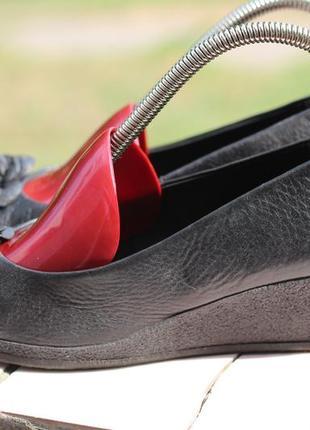Кожаные туфли caprice 35-36