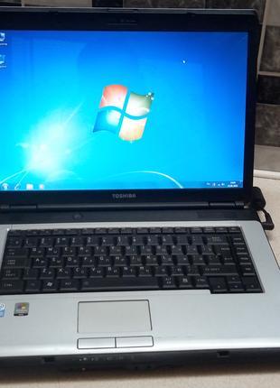 Надежный ноутбук Toshiba L 300 в достойном рабочем состоянии