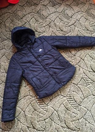 Куртка adidas S,М размер