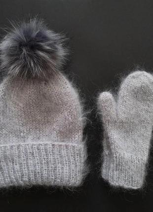 Серая шапка и варежки мохер вязаный теплый пушистый набор мохер