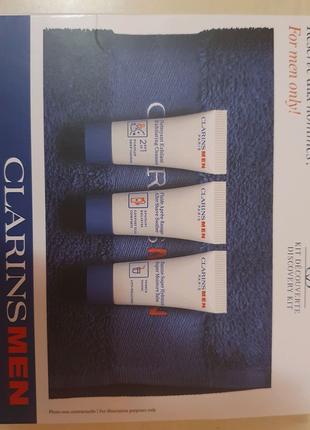 Мини-набор средств мужского ухода и полотенце в подарок clarins