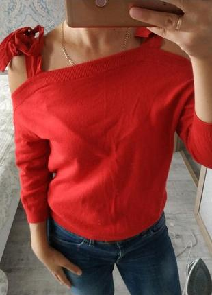 Безумно красивая блуза кофточка с открытыми плечами