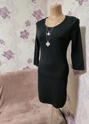 Базовое маленькое чёрное платье от primark