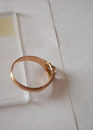 Золотое кольцо женское, ссср, примерно 3-грамма, 583-проба