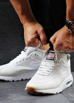 Кроссовки Nike Air Max 1 Ultra Moire белые 2461