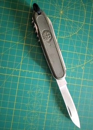 НожVictorinox GAK 108. Компания Mil-Tec