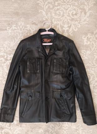 Кожаная куртка / куртка на весну мужская