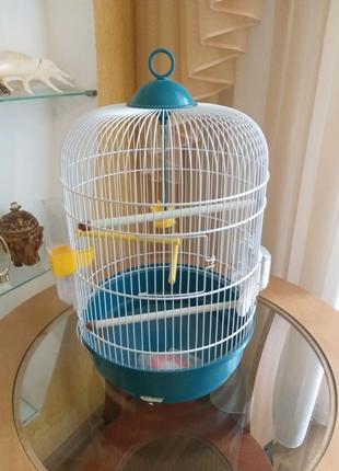 Клетка для попугая/канарейки.