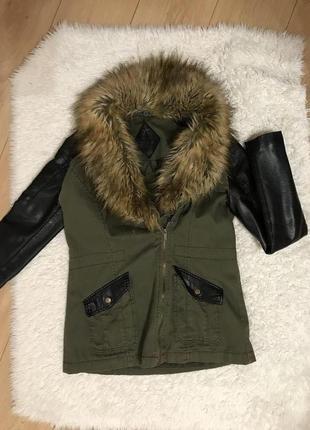 Женская куртка парка с мехом демисезонная с кожаными рукавами atm