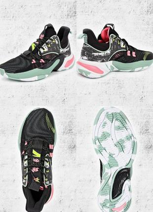Баскетбольные кроссовки anta