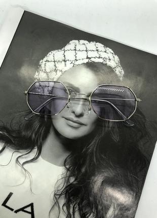 Очки новые солнцезащитные с лиловыми стеклами