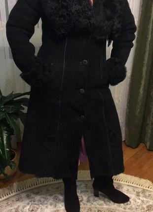Женская зимняя длинная дубленка