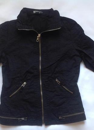 Куртка черная р.s