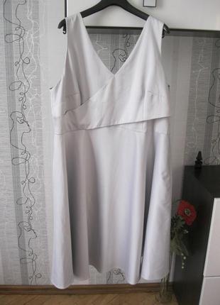 Неземной красоты повседневное и нарядное платье королеве батал...