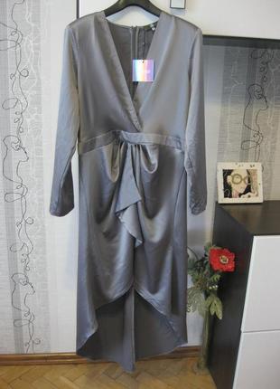 Женственное бомбезное нарядное и повседневное платье с рукавом...
