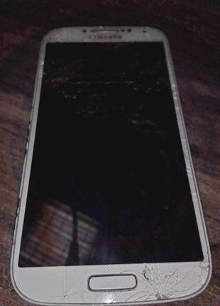 Продается смартфон Samsung Galaxy S4 GT-I9505 не работает экран