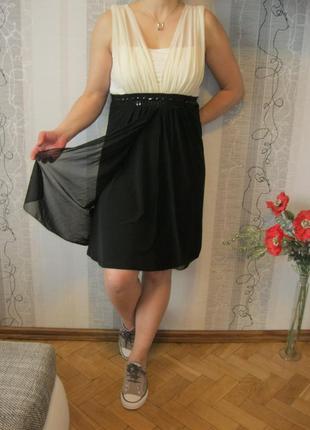 Красивое платье с фатином черно-белая классика юбка солнце л-хл
