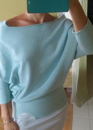 Фирменный стильный джемпер кофта голубая летучая мышь с открыт...