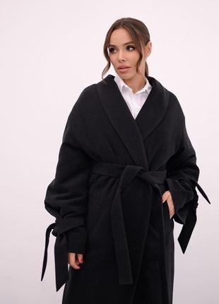 Красивое зимнее пальто утепленное, на поясе