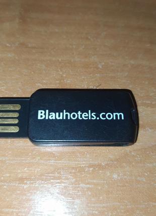 Флешка 4 ГБ Blauhotels черная мини