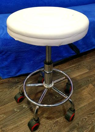 Продам стул для мастера
