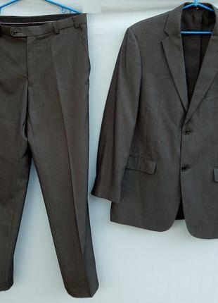 Мужской костюм BIAGGINI р. 50 серый